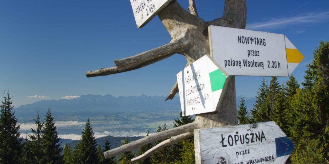 Gorce Turbacz oznaczenia na szczycie