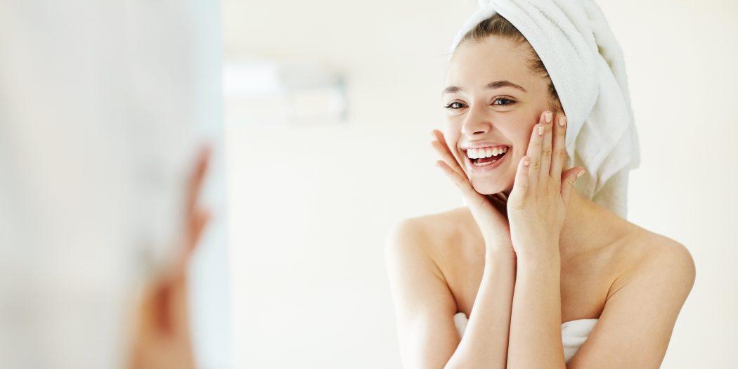 kobieta sucha skóra twarzy