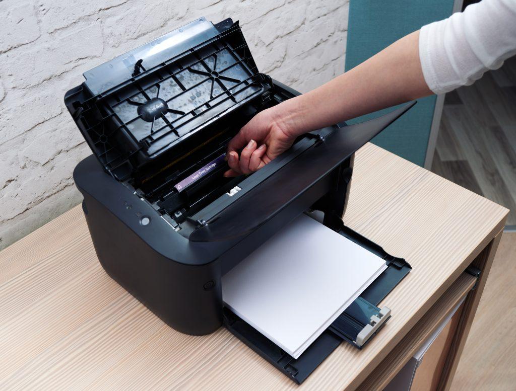 wymiana tuszu do drukarki