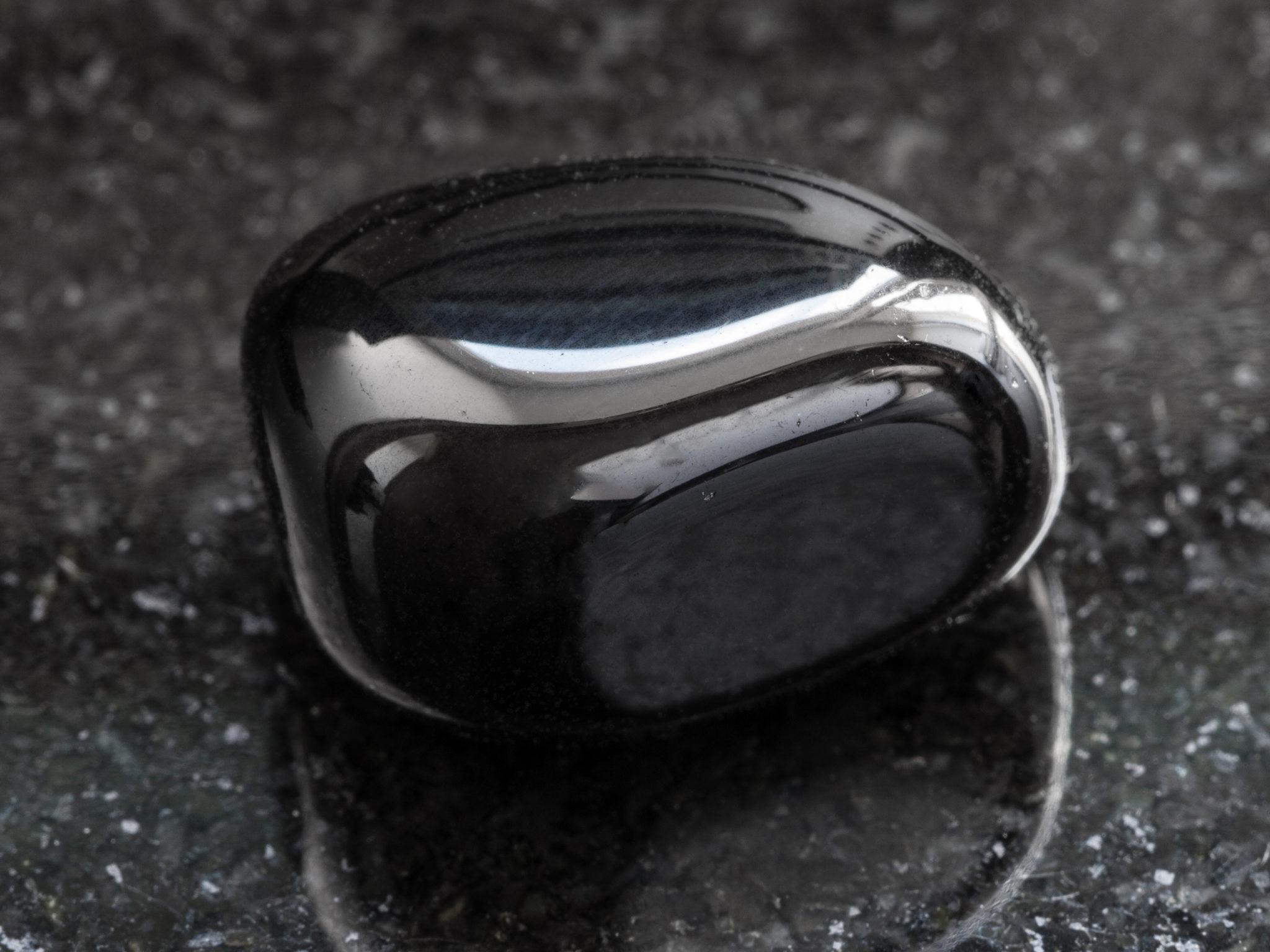 kamień szlachetny onyks