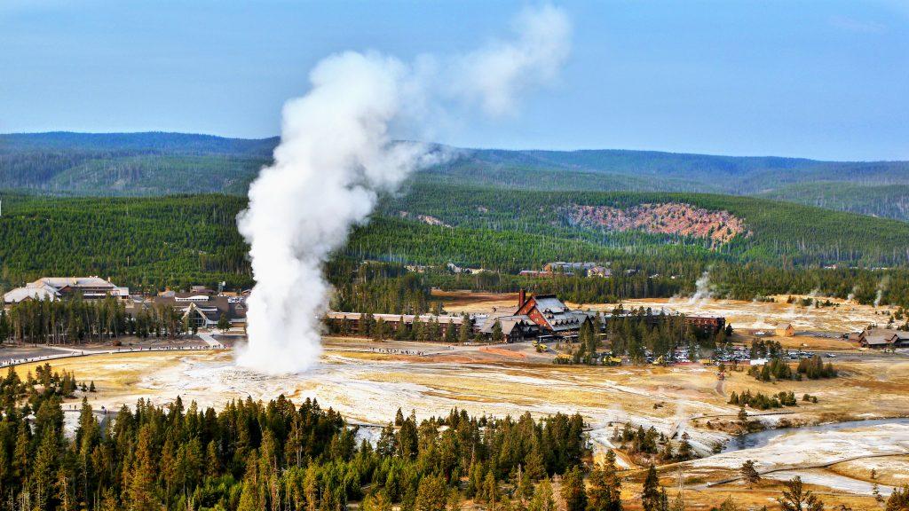 Old Faithful gejzer Yellowstone