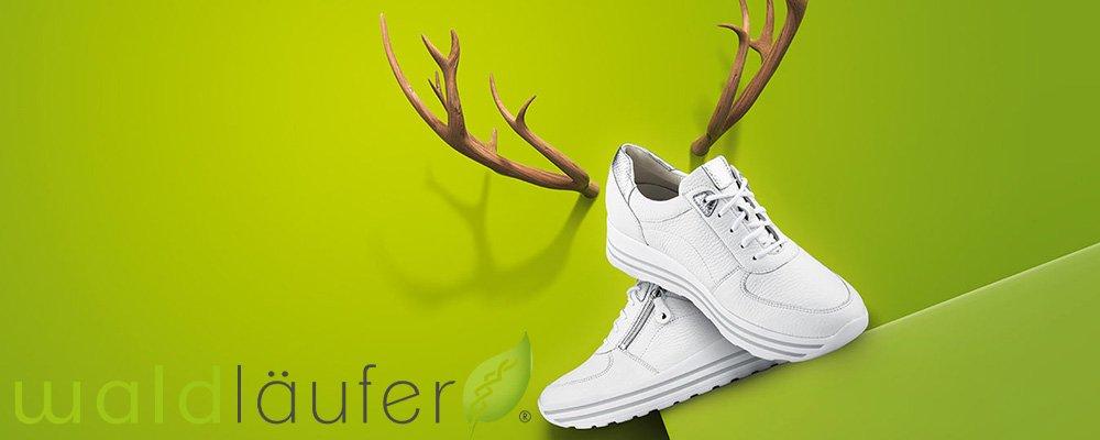 Wygodne buty zdrowotne marki Waldlaufer w białym kolorze dostępne w sprzedaży w sklepie Butydowkładek