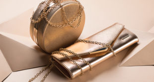 złote torebki na łańcuszkach