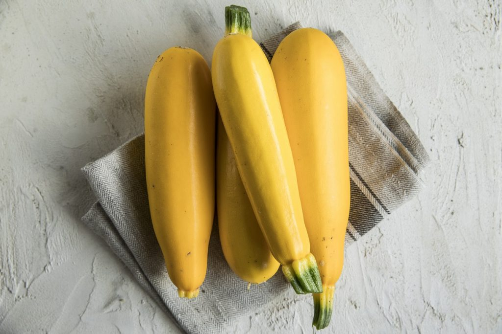 żółte cukinie