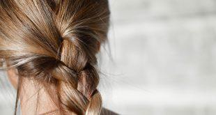 kobieta włosy prebiotyki