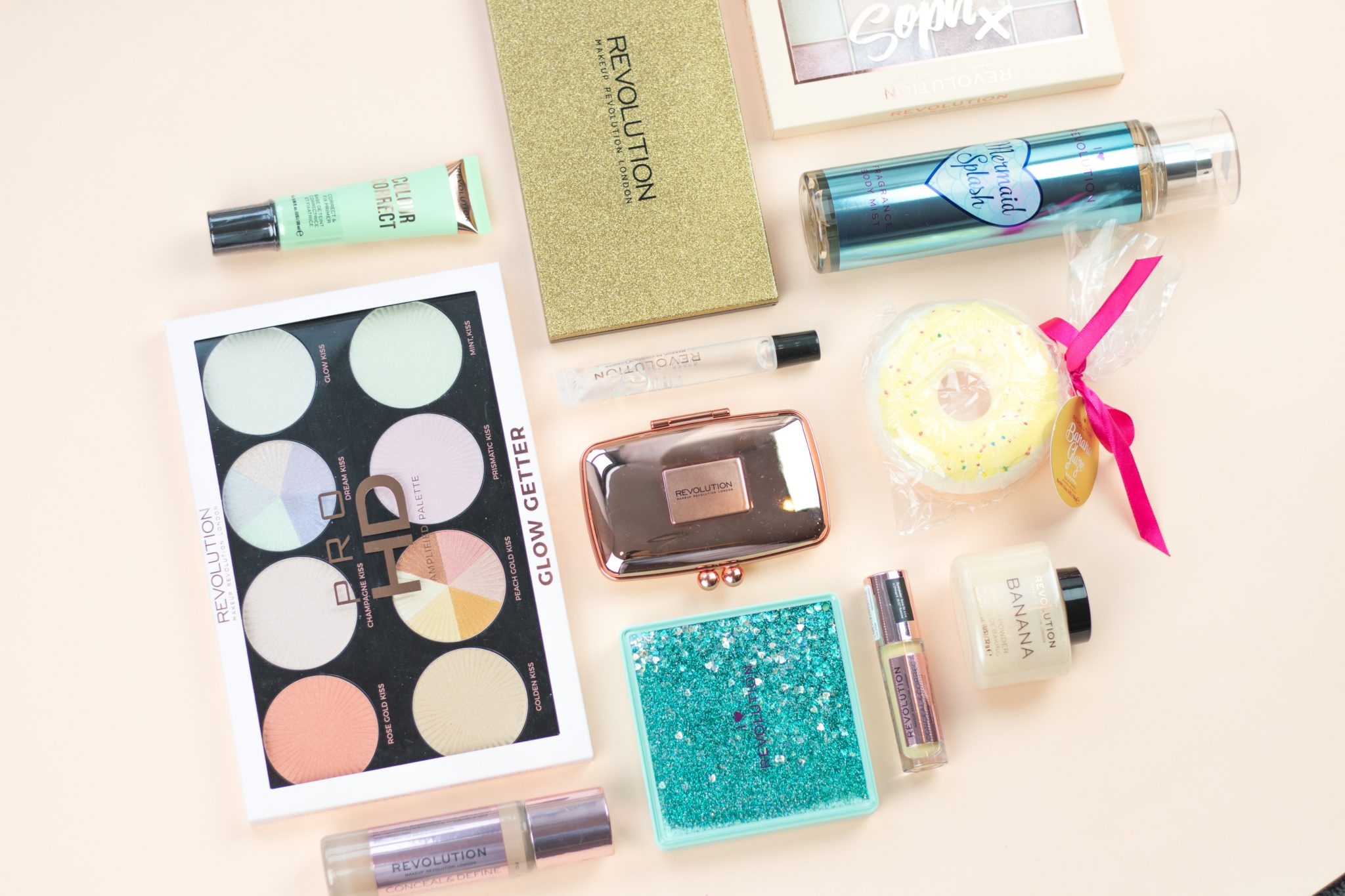 Palety do cieni Makeup Revolution