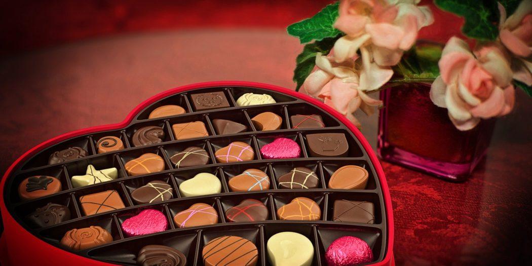 Pudełko czekoladek w kształcie serca