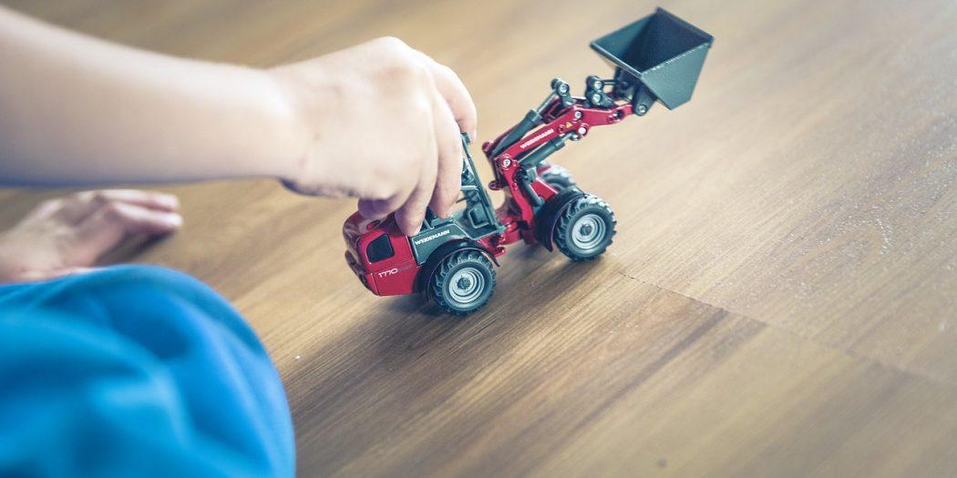 zabawka dziecięca koparka