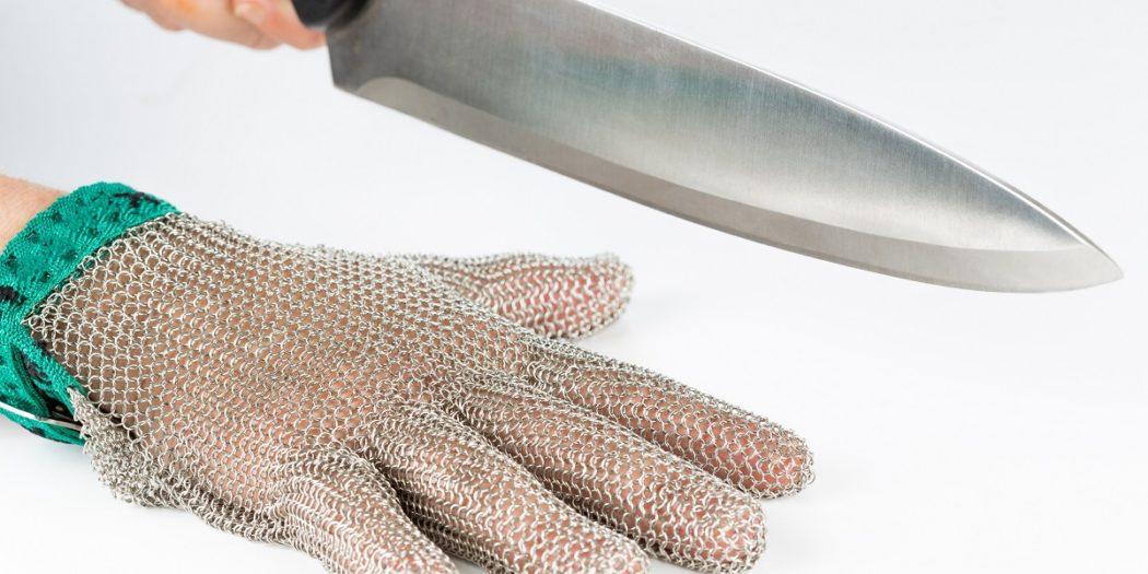 Rękawice przeciwprzecięciowe - skuteczna ochrona podczas prac przy ostrych narzędziach i szkle