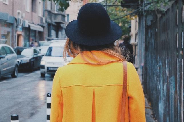 Kolor miodowy - modny jesienią
