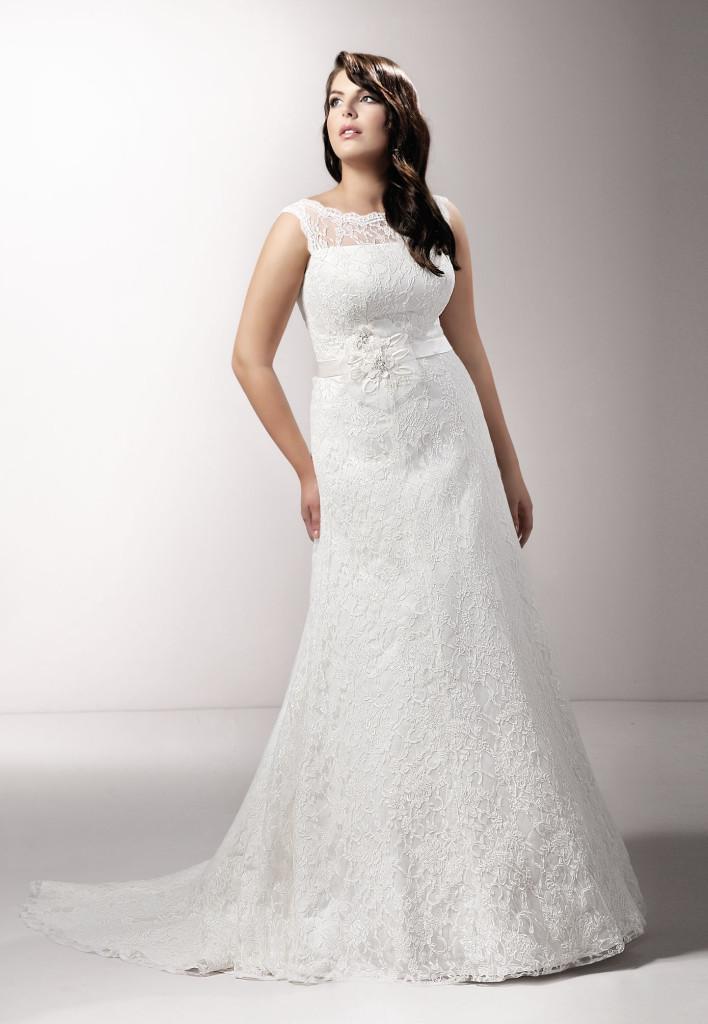Klasyczna, dopasowana suknia ślubna