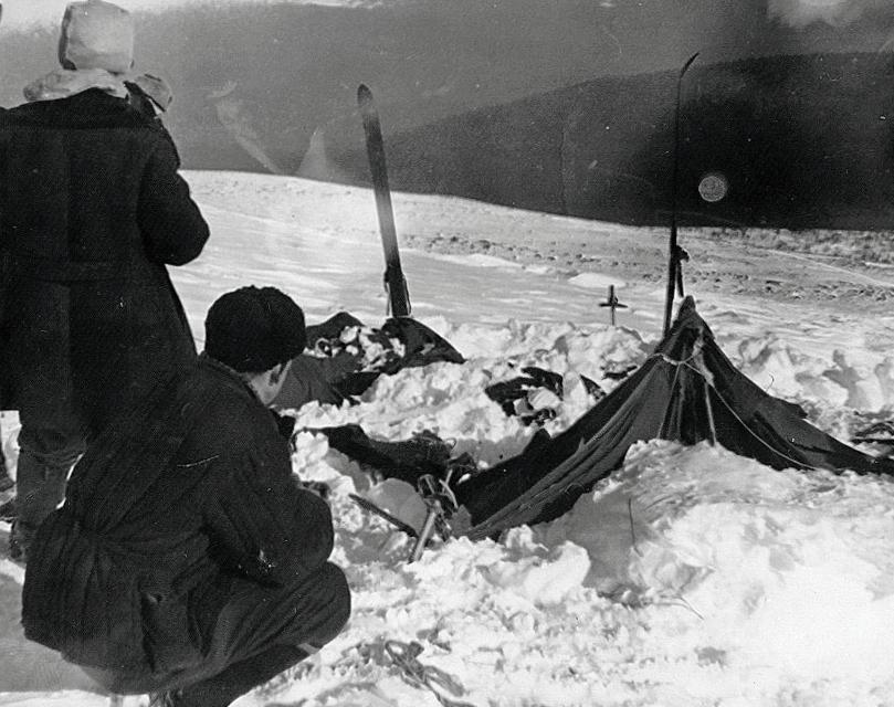 Namiot znaleziony na Przełęczy Diatłowa