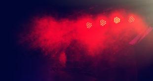 światła na rockowej scenie
