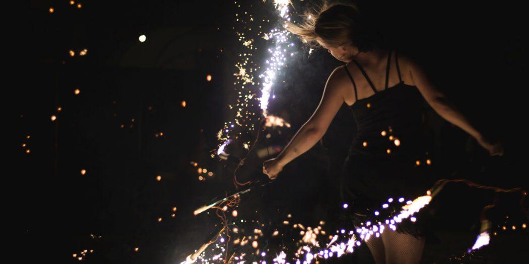 13 nocne Teatralia Strachy pokaz Fireshow skok w rzeczywistość