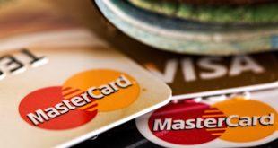 Dużo kart kredytowych