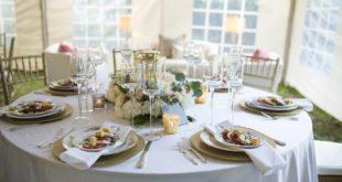 Elegancko zastawiony stół na wesele