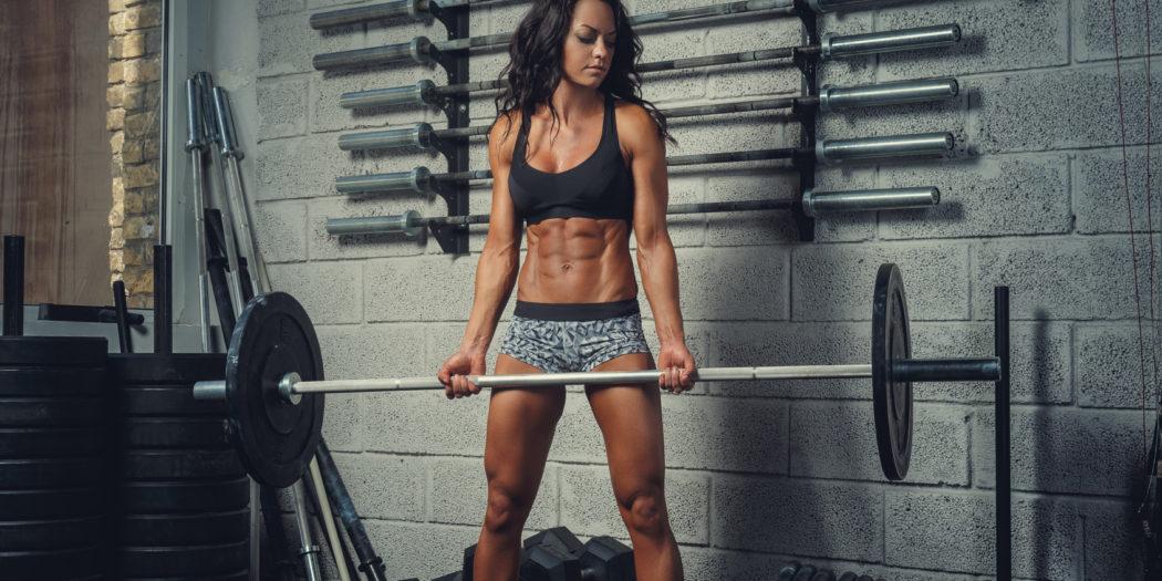 Ćwiczenia kobiet ze sztangą