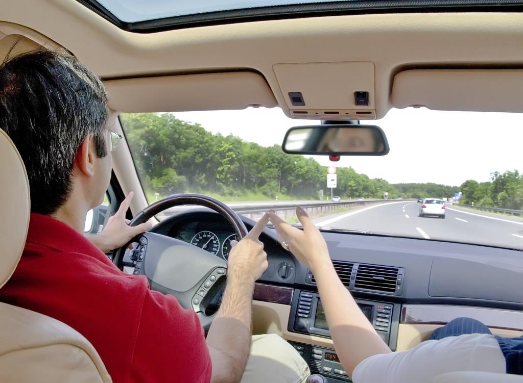 Zwiedzaj wygodnie i bez ograniczeń dzięki autu z wypożyczalni