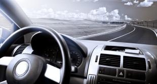 Podróżuj wypożyczonym samochodem