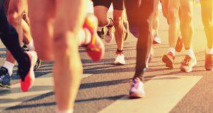 Ludzie w biegu
