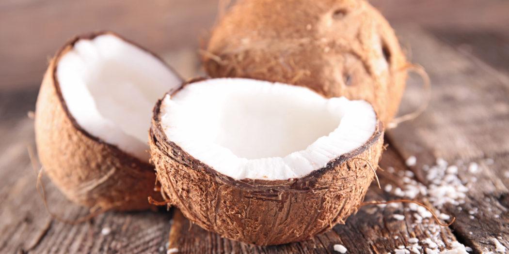 Olej kokosowy pielęgnuje skórę, meble i dba o zdrowie