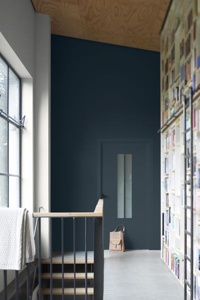 Kolory ścian w długim pomieszczeniu