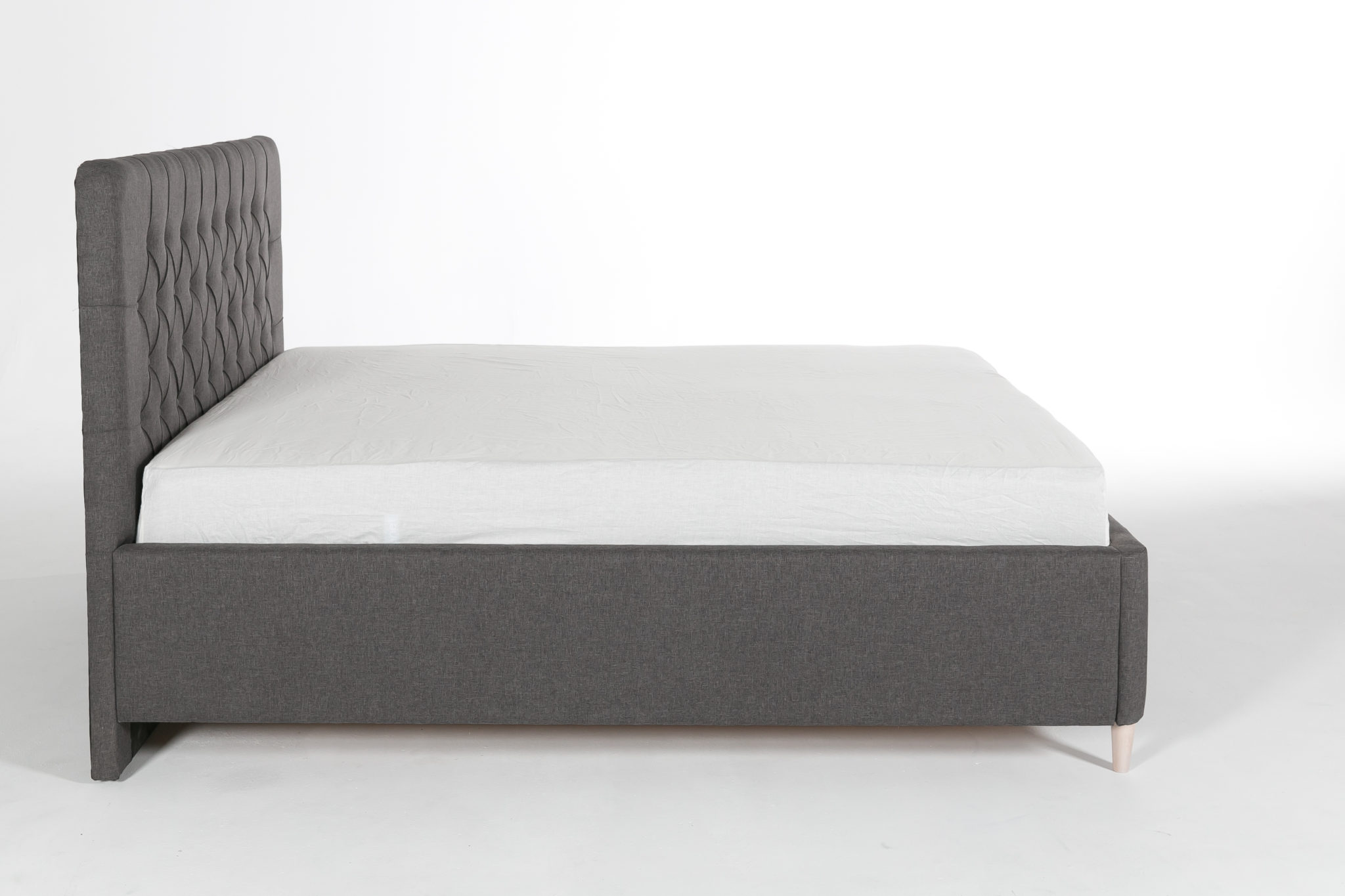 Łóżko całe - bok