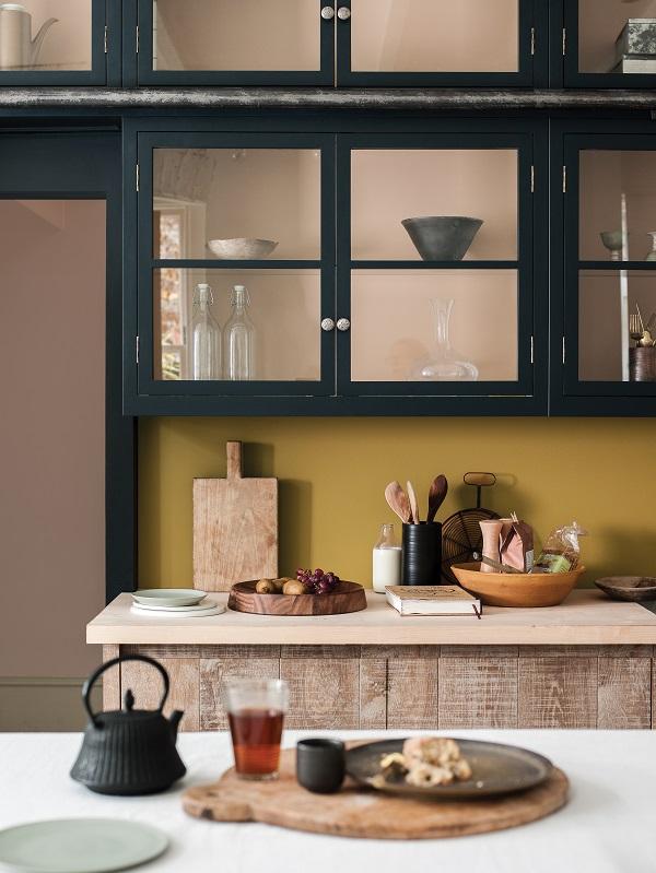 Szklane szafki w kuchni