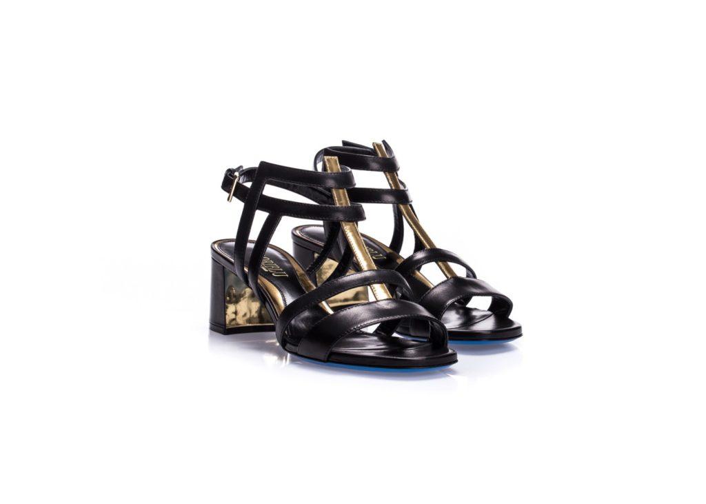Czarne skórzane sandały damskie na niskim obcasie