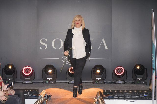 Joanna Kurowska na pokazie Doroty Goldpoint