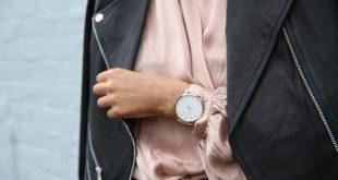 Zegarek i skórzana kurtka