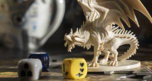 gra RPG figurka smoka