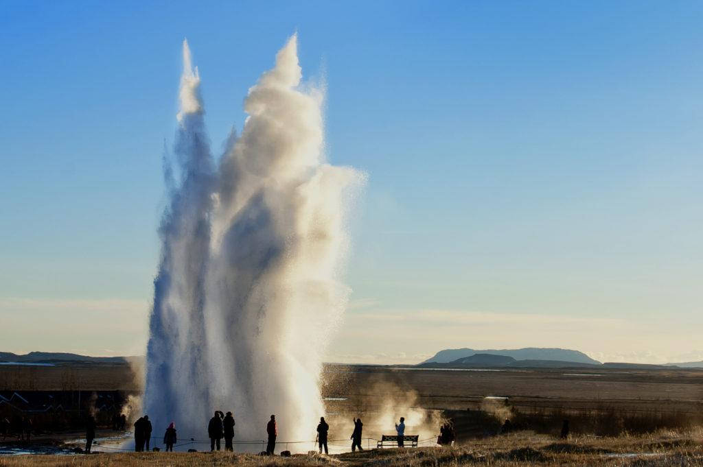 Strokkur – największy czynny gejzer Islandii