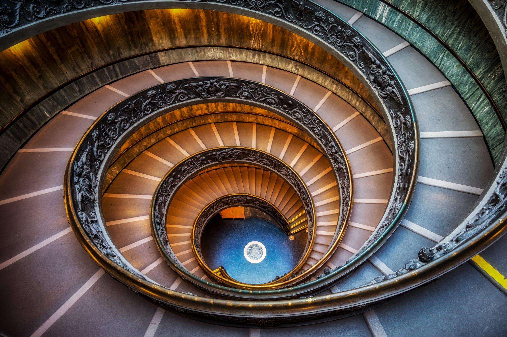 Schody w Muzeum Watykańskim