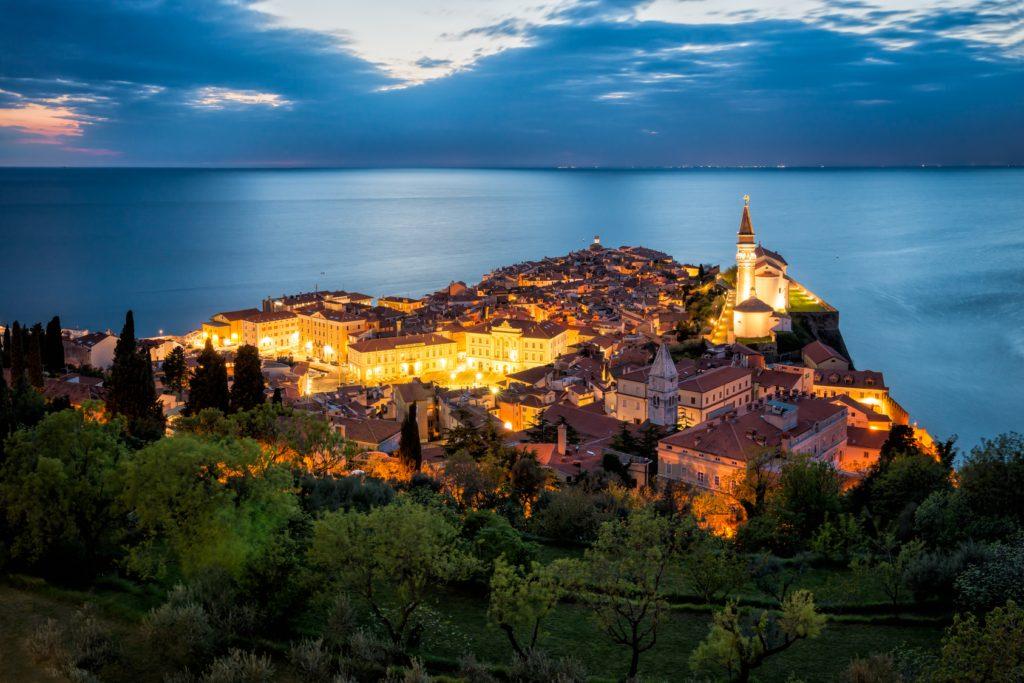 Słoweńskie urokliwe miasteczko Piran