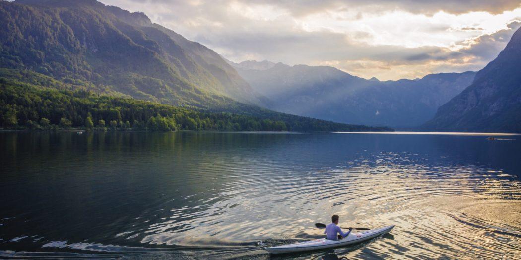 Jezioro w Alpach Julijskich