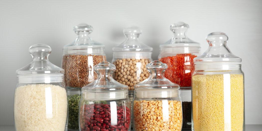 przechowywanie żywności w szklanych pojemnikach