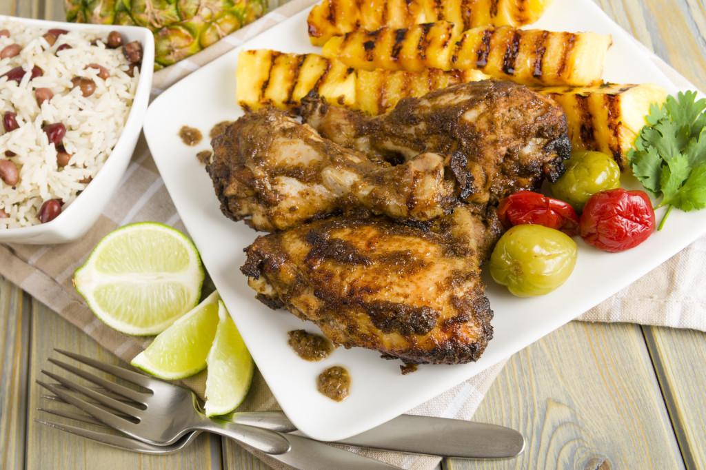 Klasyczne danie z grilla w stylu Jerk