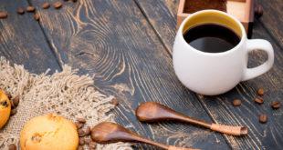 Parzenie kawy w dripie