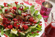Naszym pomysłem na wykwintną przystawkę jest sałatka z wątróbką i malinami, będąca wybornym połączeniem słodkawego mięsa i kwaskowych owoców | fot.: Fotolia