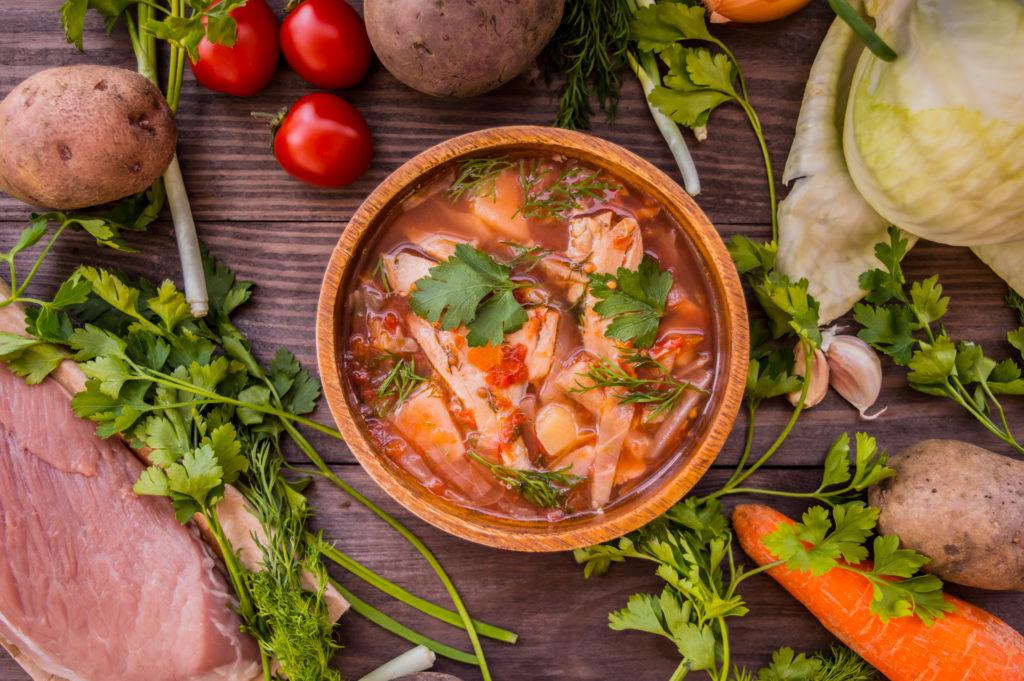 Charakterna zupa z kapusty