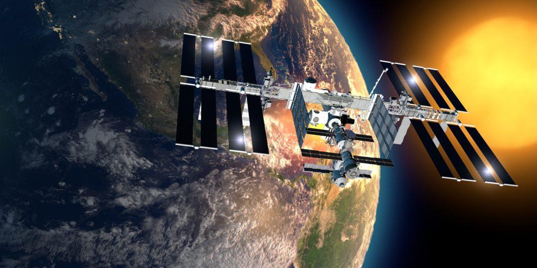 Satelita sprzątający