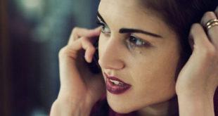 Rozmowa przez telefon - kobiety