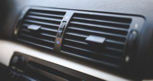 Wnętrze samochodu - nawiewy