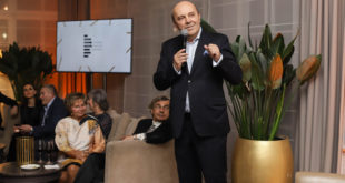 Dr Andrzej Ignaciuk na otwarciu gabinetu