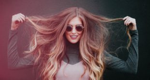 Modna fryzura na karnawał