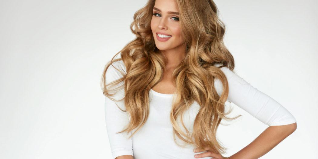 Jak aplikować kosmetyki do włosów