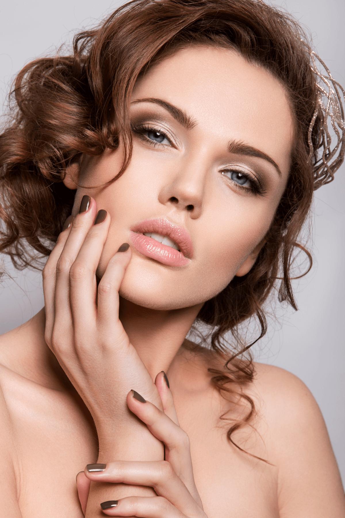 makijaż ślubny trendy 2020