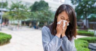 Kobieta z alergią wziewną