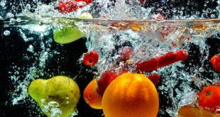 Letnie warzywa i owoce, które doskonale orzeźwiają